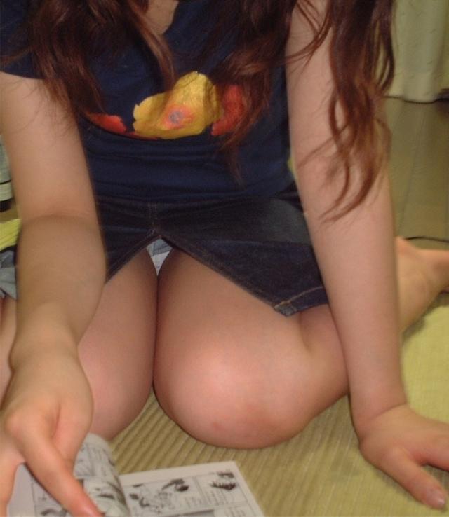 淫乱OLがタイトスカートの巨尻を放り出す露出のマニアエロ画像12枚目