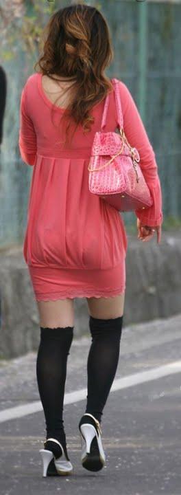 透けタイトスカートOLパンティ盗撮エロ画像15枚目