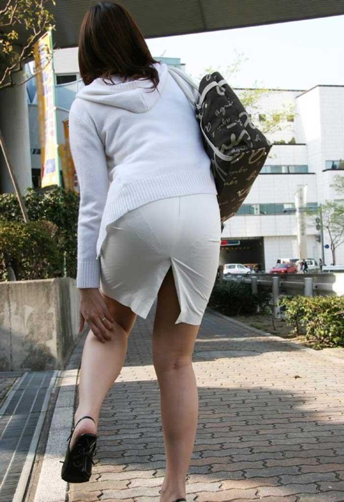 OL達の様々な表情のタイトスカート盗撮エロ画像1枚目