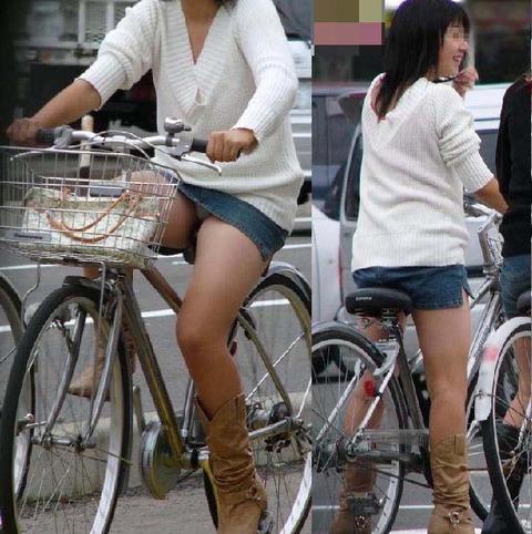 清楚でクールなOLの自転車タイトスカートエロ画像11枚目