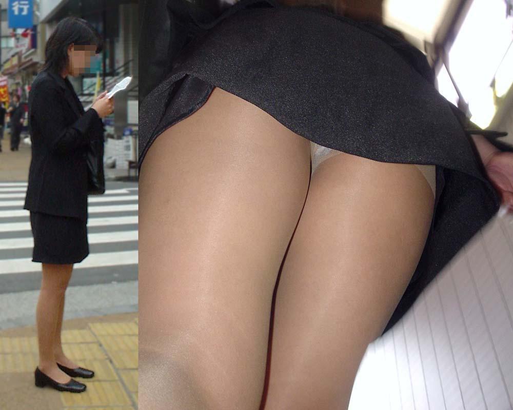 隙きが多すぎるOLの逆さタイトスカート盗撮画像13枚目