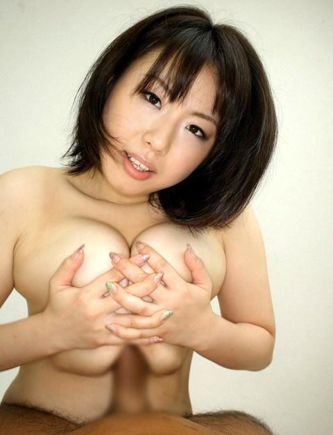 女上司OLの巨乳でパイズリ搾精をしてもらった画像13枚目