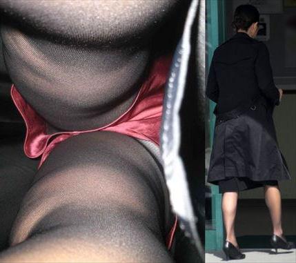 靴カメで逆さ盗撮されたOLタイトスカートエロ画像11枚目
