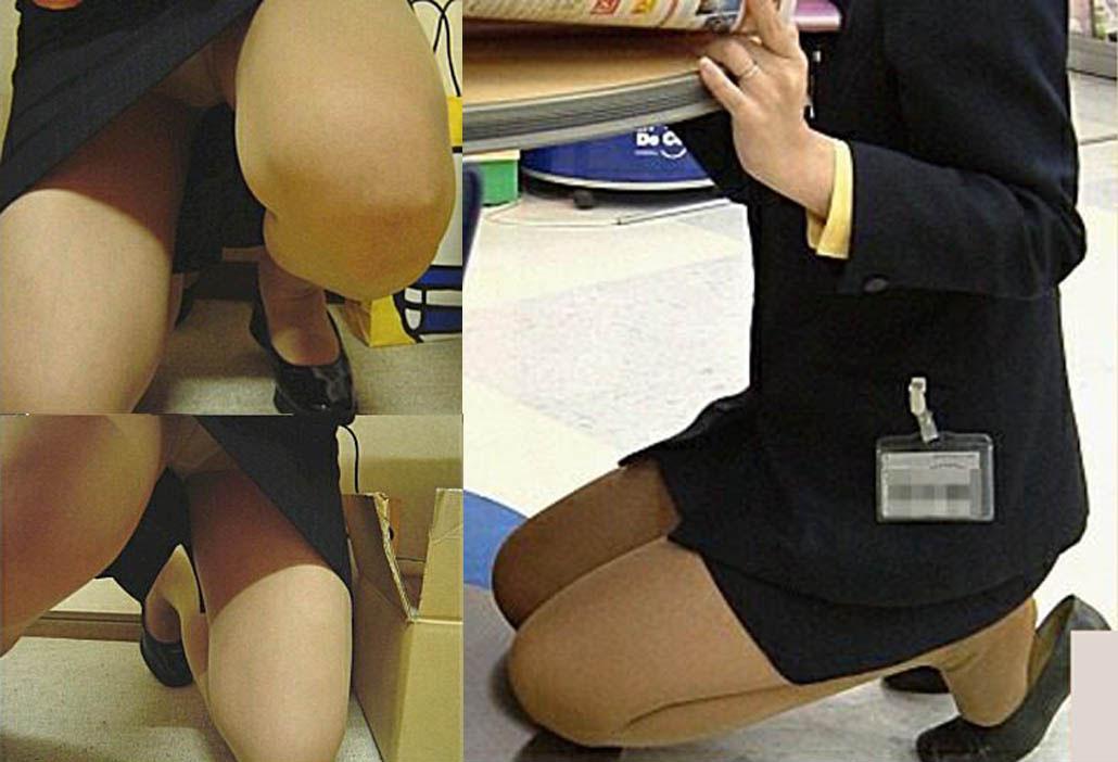 人妻OLが無防備を晒したタイトスカート三角エロ画像1枚目