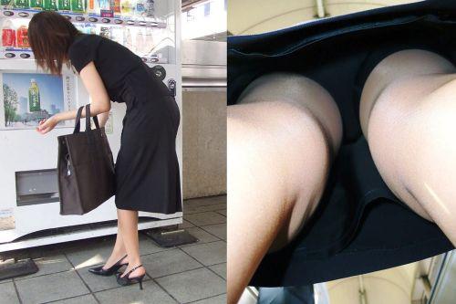 毎日盗撮されているタイトスカート逆さOLエロ画像14枚目