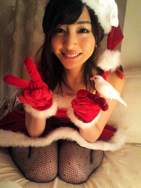エロ可愛いセクシーサンタのクリスマスはOLのエロ画像1枚目