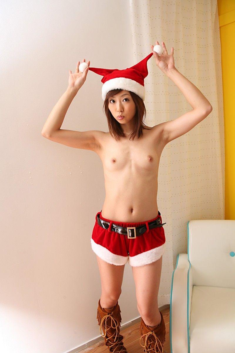 クリスマスサンタのセクシーなお尻のギャルOLエロ画像4枚目