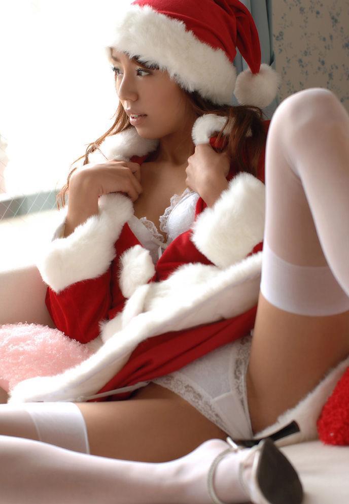 美尻と巨乳サンタOLのコスプレ着衣セックス流出エロ画像11枚目